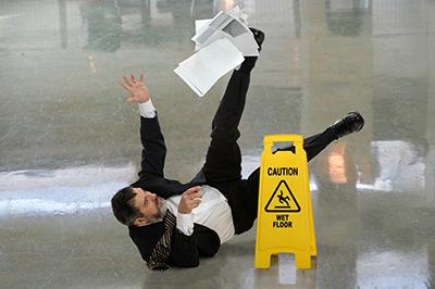 water, ice and snow slip injury attorneys